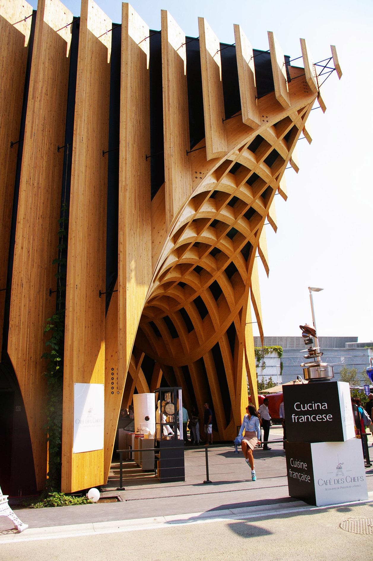 pavillon francais milan mohanita creationsb