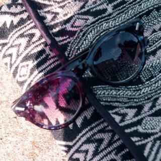 Saint-Tropez, pochette lunettes blogger lifestyle mode
