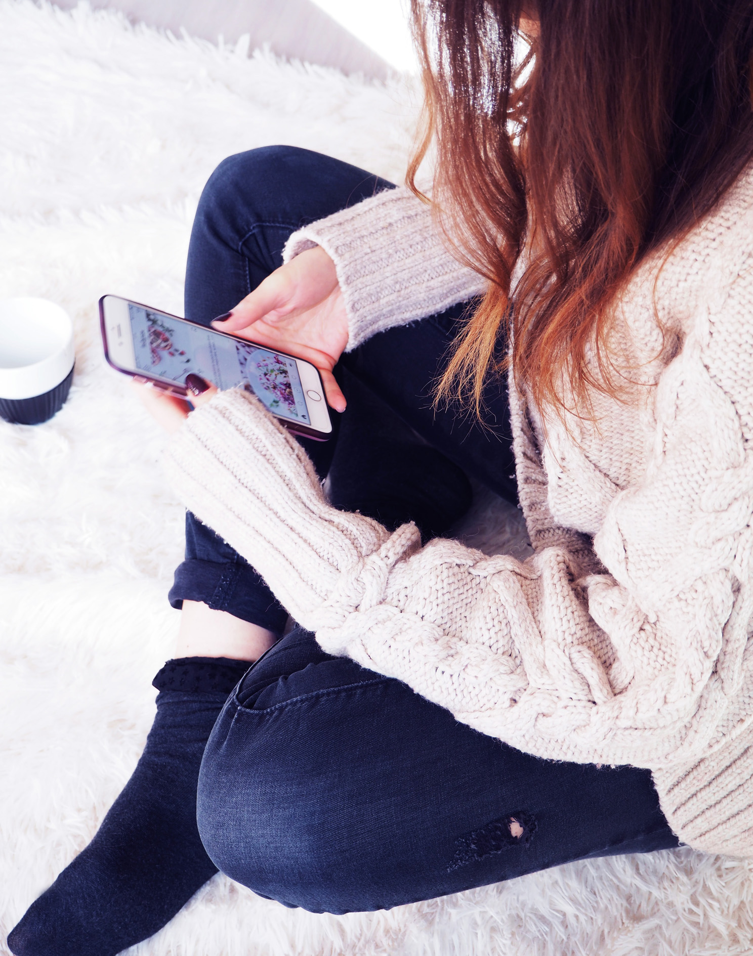 pull maille hiver instagram addict iPhone apple réseaux sociaux connecte blog logeuse blogger france doubs valentigney designer textile hem only calzedonia