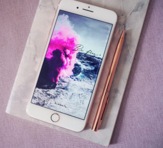 fond écran iPhone a telecharger gratuitement wallpaper download free original design boheme bohemian style lune yoga yogini be free sois libre